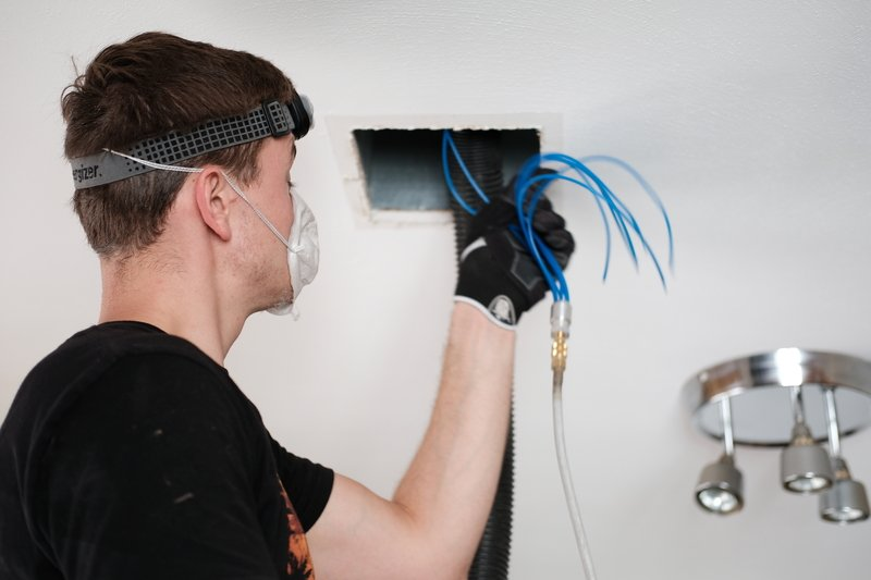 HVAC Air Duct Cleaning   Daffy Ducts